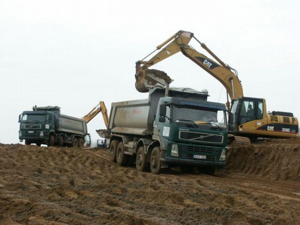 Earthworks go ahead on the M3