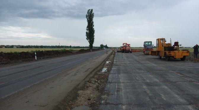 21-es sz. főút előzési sávok építése 1